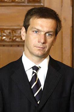 Gordon Bajnai to face major obstacles as prime minister of Hungary