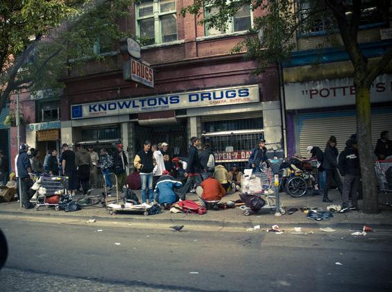 A szegénység és nyomor elleni harc a vancouveri East Hastings negyedben