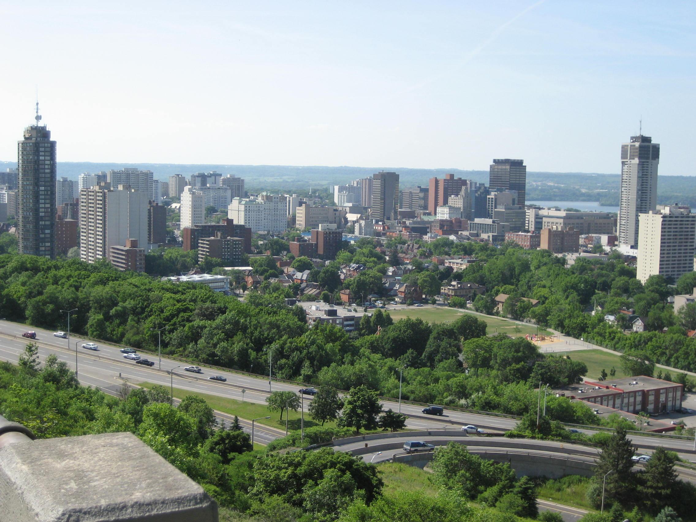 Rabszolgasorsa jutott 19 magyar állampolgár Hamiltonban