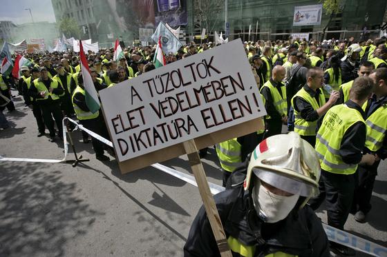 Alkotmány és polgári engedetlenség