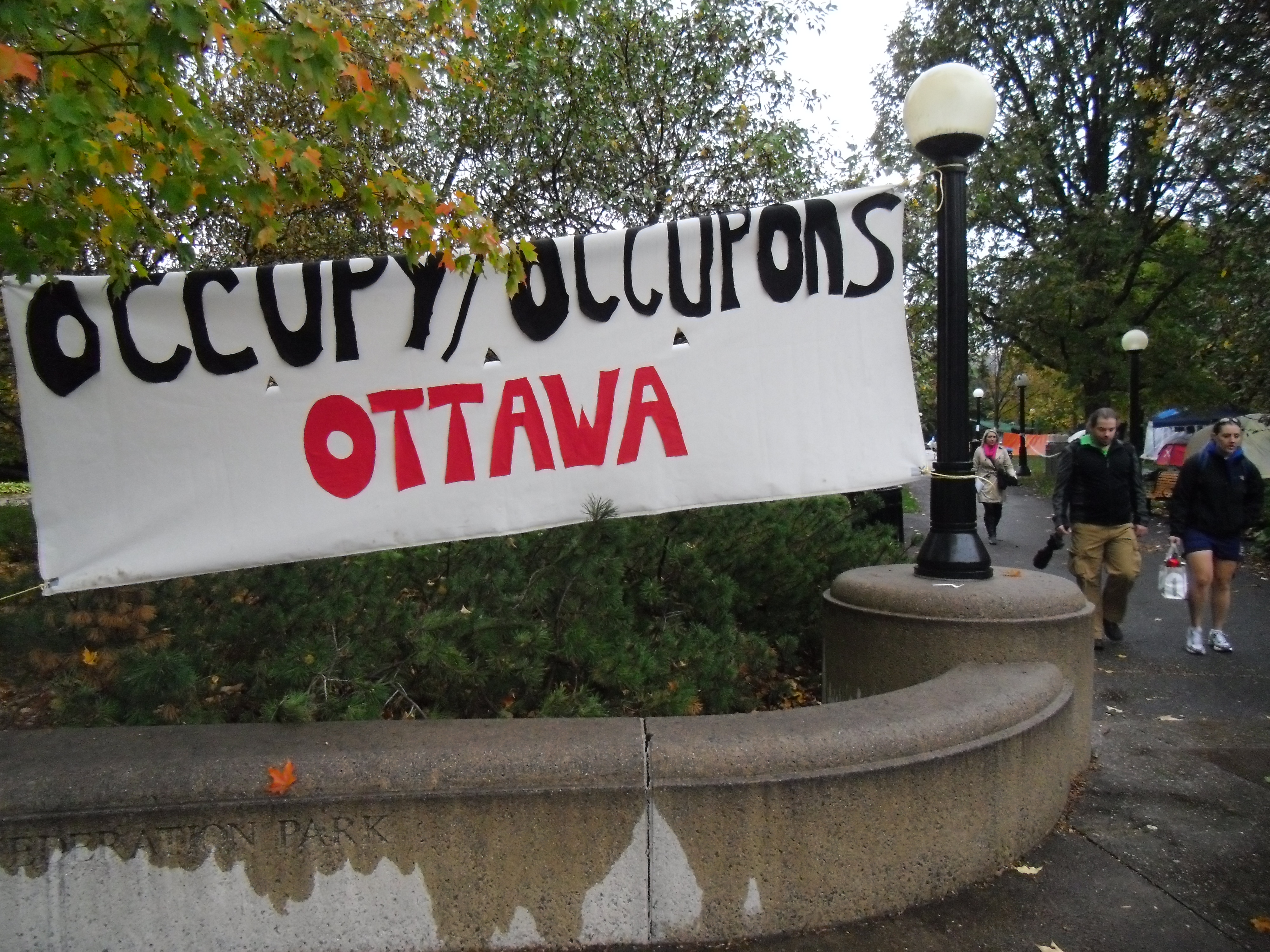 Occupy Ottawa - A Confederation Park Elgin utcai bejrata