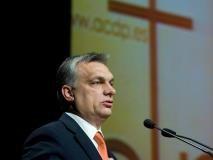 Orbán Viktor előad