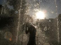 Pokoli állapotok vannak az ózdi cigánytelepen, miután az önkormányzat elzárta a vizet.