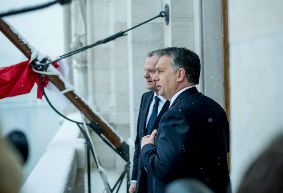 Orbán Viktor Donald Tusk-kal