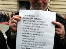 Dr. Donáth Ferenc Teleki Pál üzenetével, a Horthy szobor avatása ellen tünetésesen.