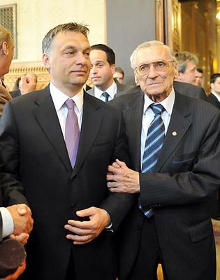 Orbán és Grosics, az ex-náci.