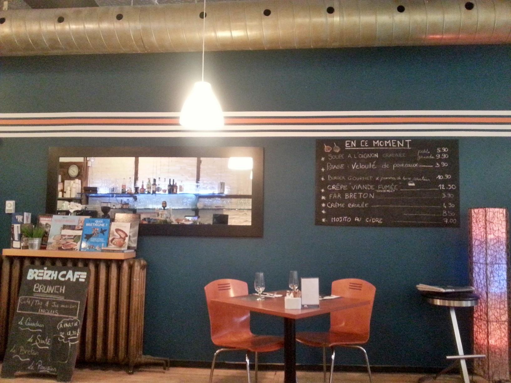 Breizh Café (3991 Boulevard Saint-Laurent): egy fantasztikus kis bretoni vendéglő, mindenféle crêpe -pel.