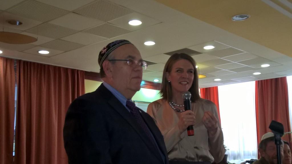 Dr. Raj Ferenc és Colleen Bell. Fotó: Gráf  Tamás.