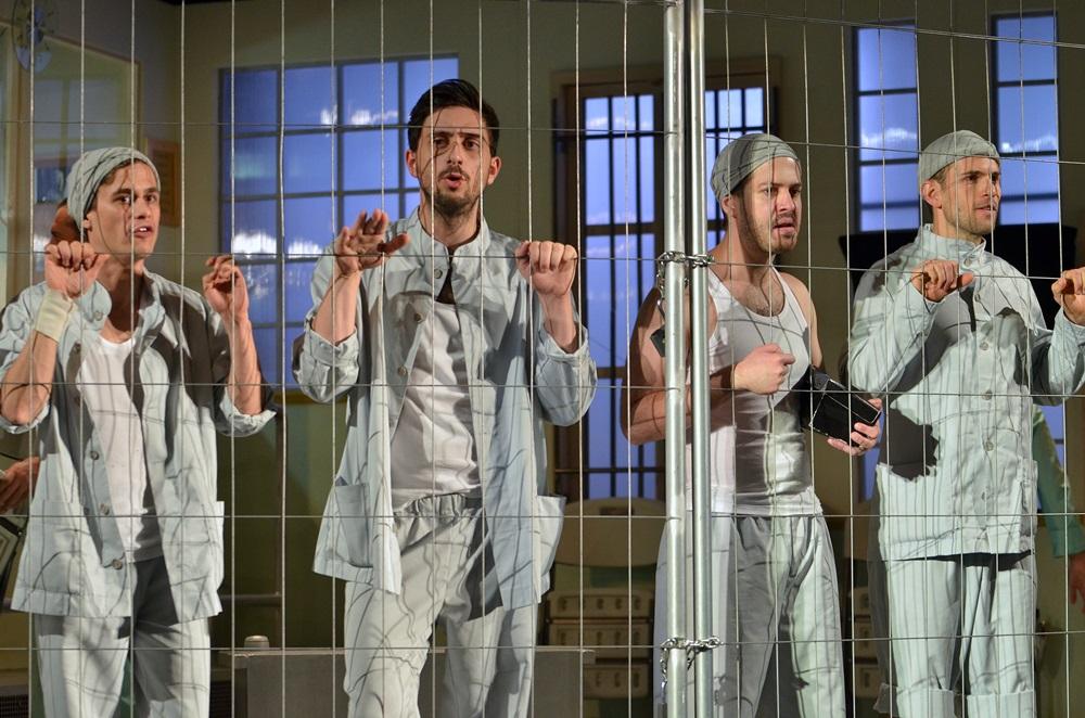 Színházi fotók 37. — Száll a kakukk fészkére a Belvárosi Színházban