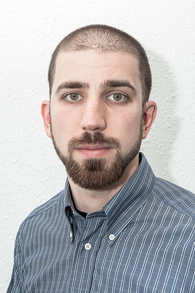 Omar Adam, Magyarországon Sayfo Omar.