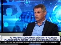 Földi László a kádári Belügyminisztérium III/I-es csoportfőnökségének hírszerző tisztje volt. Ma Orbán Viktort szolgálja.