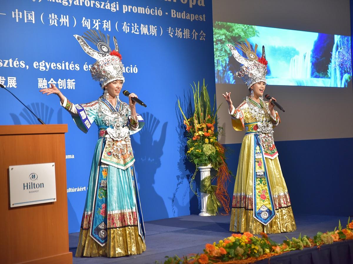 Sokszínű GuiZhou tartomány Kínában 067