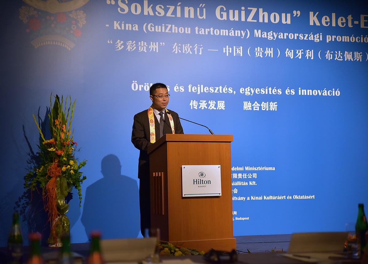 Sokszínű GuiZhou tartomány Kínában 092
