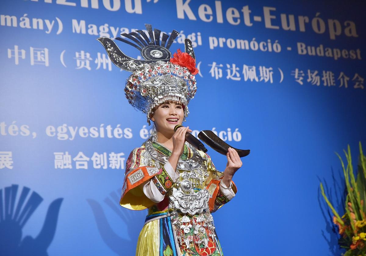 Sokszínű GuiZhou tartomány Kínában 100