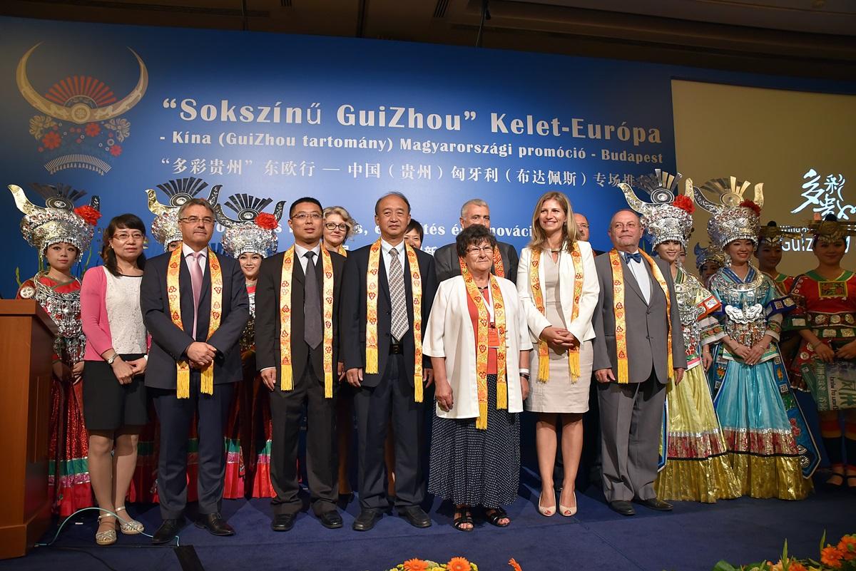Sokszínű GuiZhou tartomány Kínában 114