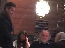 Hárman egy étteremben