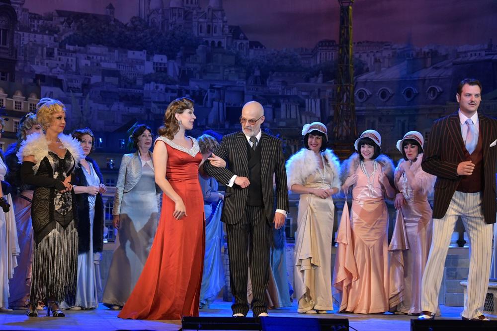 A víg özvegy az Operett Színházban 057
