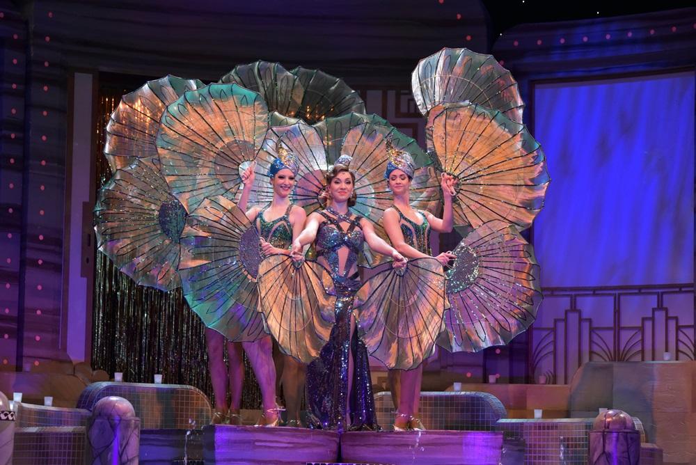 A víg özvegy az Operett Színházban 165