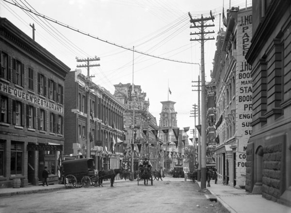 elgin-street-looking-south-towards-ottawa-city-hall-circa-1903