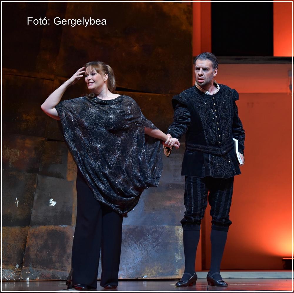 A puritánok opera a MÜPÁBAN 053