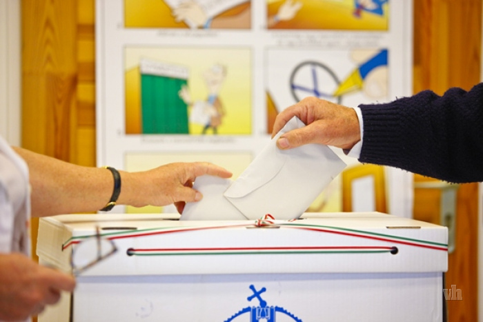 szavazgatas