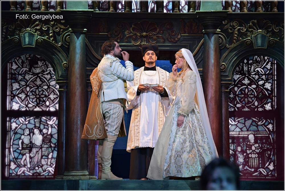 Szerelmes Shakespeare a Madáchban 359