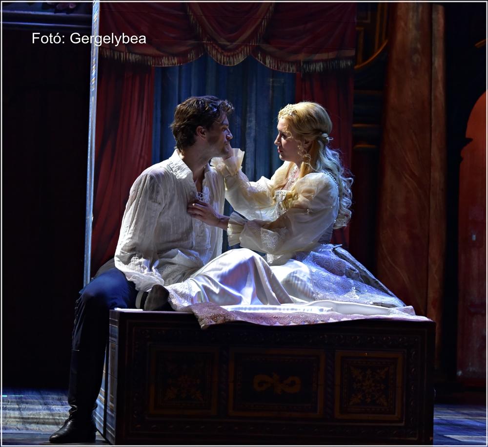 Szerelmes Shakespeare a Madáchban 391
