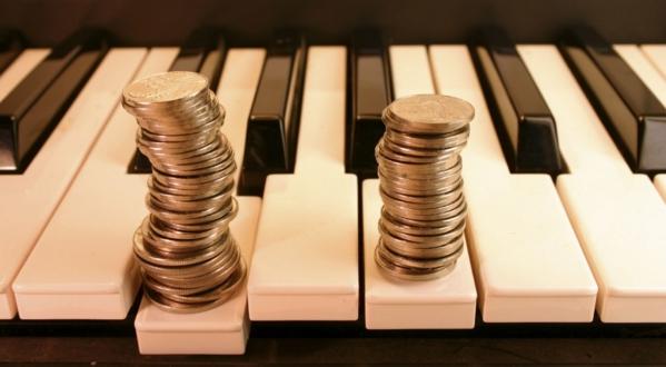 Fogantatás zongorakísérettel