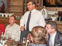 Hűbéresek reklámozzák állampénzen az Orbán kegyeltek borait Vancouverben