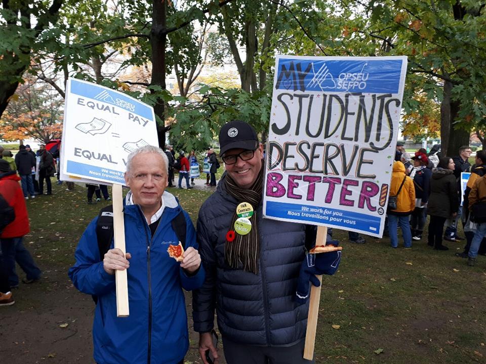 Egy hónapja tart a főiskolai oktatók sztrájkja Ontarioban