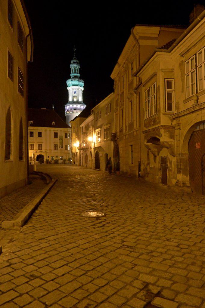 A leghűségesebb város, ha hűtlen lehetett polgáraihoz, akkor mindig megtette…