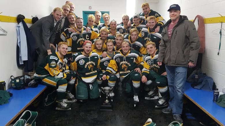 Tragédia Kanadában — Egy junior jégkorong csapat 14 tagja halt meg