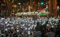 Tüntetés, mint messiás-casting?