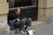 Hajléktalan-törvény összecsomagolva?