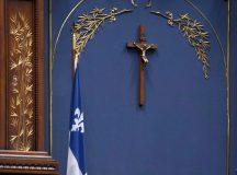 Júliustól vallás tesztet tartanak a kormányzati hivatalokban és a közintézményekben