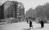Romeltakarítás. Visszatekintés Budapest 1944-45-ös ostromára