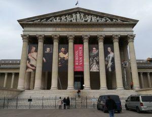 Megnyílnak a múzeumaink