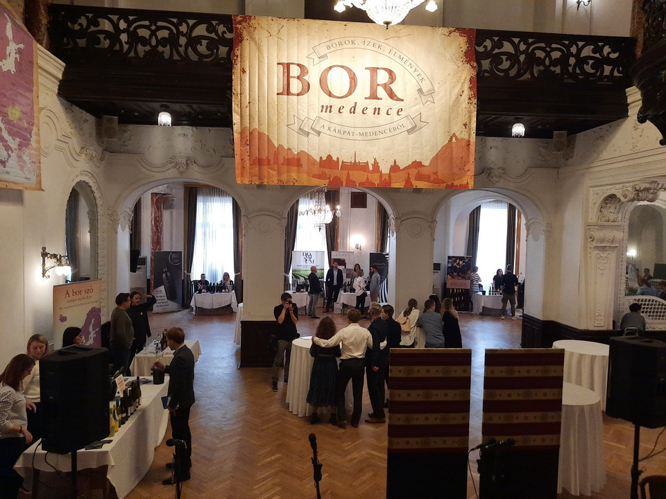 Hiszünk a magyar borokban