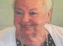 Lilly Toth 2021 május 22-én hunyt el Montreálban.
