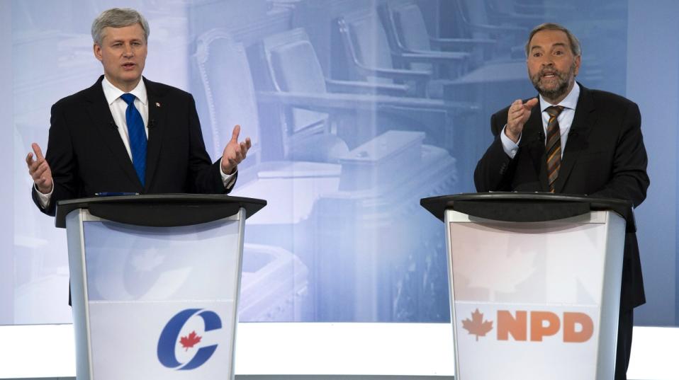 Heves szópárbaj alakult ki a francia nyelvű kormányfő-jelöltek vitájában niqab-ügyben. Stephen Harper konzervatív kormányfő összetűzött Tom Mulcair-rel, az NDP kormányfő-jelöltjével. Fotó: Canadian Press / Adrian Wylde.