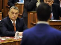 Orbán Viktor gyalázatos buzizása Vona Gábor ellen